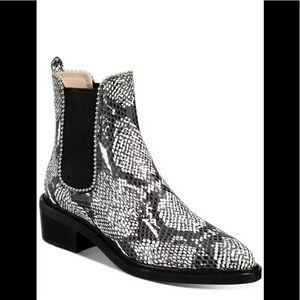 Coach Bowery beadchain Chelsea boots snake 7 B
